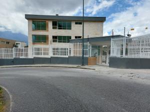 Apartamento En Ventaen Caracas, Colinas De Bello Monte, Venezuela, VE RAH: 21-14775