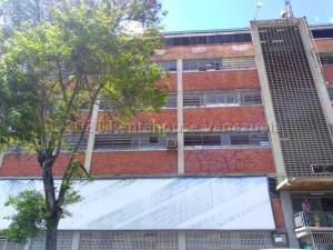 Local Comercial En Ventaen Caracas, Los Cortijos De Lourdes, Venezuela, VE RAH: 21-12441