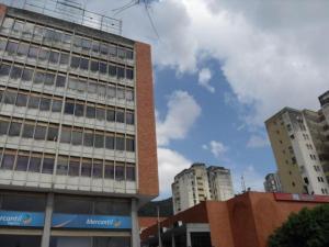 Local Comercial En Ventaen Valencia, Lomas Del Este, Venezuela, VE RAH: 21-14818