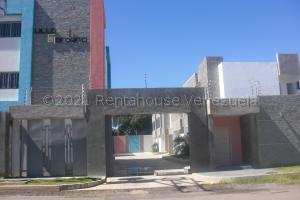 Casa En Ventaen Coro, Sector San Bosco, Venezuela, VE RAH: 21-14821
