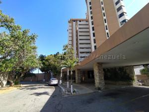 Apartamento En Ventaen Catia La Mar, Playa Grande, Venezuela, VE RAH: 21-15091