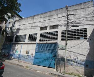 Galpon - Deposito En Ventaen Caracas, Catia, Venezuela, VE RAH: 21-14839