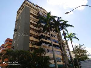 Apartamento En Ventaen Caracas, Los Palos Grandes, Venezuela, VE RAH: 21-14874