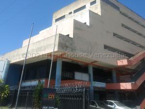 Apartamento En Alquileren Municipio Naguanagua, Casco Central, Venezuela, VE RAH: 21-15260
