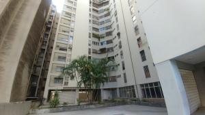 Apartamento En Ventaen Caracas, Parroquia Altagracia, Venezuela, VE RAH: 21-14895