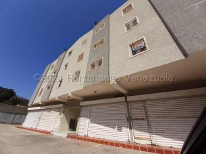 Apartamento En Ventaen Maracaibo, Las Delicias, Venezuela, VE RAH: 21-14903