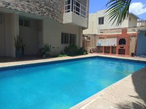 Townhouse En Ventaen Maracaibo, Monte Claro, Venezuela, VE RAH: 21-14913