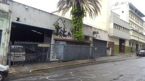 Local Comercial En Ventaen Caracas, Parroquia Altagracia, Venezuela, VE RAH: 21-14931