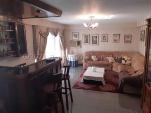 Apartamento En Ventaen Maracaibo, La Lago, Venezuela, VE RAH: 21-14939