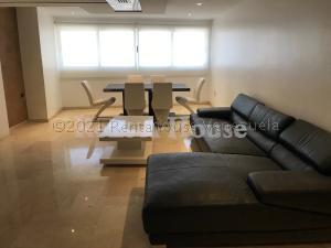 Apartamento En Alquileren Maracaibo, Avenida El Milagro, Venezuela, VE RAH: 21-14941