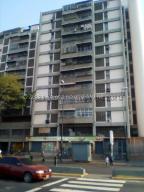 Apartamento En Ventaen Caracas, Catia, Venezuela, VE RAH: 21-15816