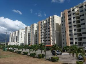 Apartamento En Ventaen Guatire, Guatire, Venezuela, VE RAH: 21-14952