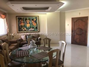 Apartamento En Ventaen Maracaibo, Avenida Bella Vista, Venezuela, VE RAH: 21-14951