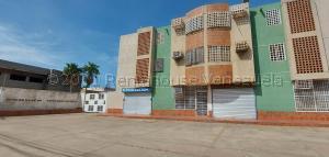 Local Comercial En Alquileren Maracaibo, Amparo, Venezuela, VE RAH: 21-14985