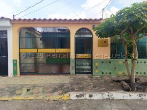 Casa En Ventaen Cabudare, El Paraiso, Venezuela, VE RAH: 21-14996