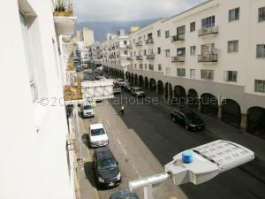 Apartamento En Ventaen Caracas, Parroquia San Juan, Venezuela, VE RAH: 21-15048