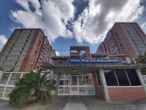 Apartamento En Ventaen Caracas, El Encantado, Venezuela, VE RAH: 21-15153