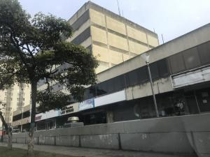 Local Comercial En Alquileren Barquisimeto, Parroquia Santa Rosa, Venezuela, VE RAH: 21-15012