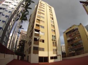 Apartamento En Ventaen Caracas, Los Palos Grandes, Venezuela, VE RAH: 21-15062