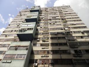 Apartamento En Ventaen Municipio Naguanagua, Palma Real, Venezuela, VE RAH: 21-15068