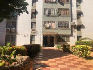 Apartamento En Ventaen Maracaibo, Avenida Goajira, Venezuela, VE RAH: 21-15075
