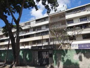 Apartamento En Ventaen Caracas, Terrazas Del Club Hipico, Venezuela, VE RAH: 21-15115