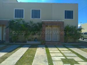 Casa En Ventaen Cabudare, Caminos De Tarabana, Venezuela, VE RAH: 21-15112