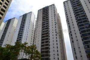 Apartamento En Ventaen Caracas, El Cigarral, Venezuela, VE RAH: 21-15332