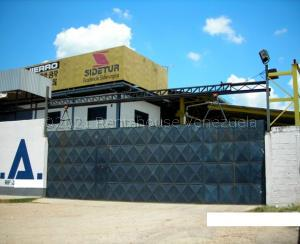 Galpon - Deposito En Ventaen Santa Teresa, Centro, Venezuela, VE RAH: 21-15161