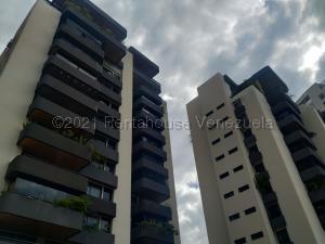Apartamento En Ventaen Valencia, Valles De Camoruco, Venezuela, VE RAH: 21-15174