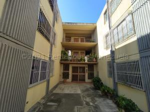 Apartamento En Ventaen Cabudare, La Mora, Venezuela, VE RAH: 21-15213