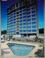 Apartamento En Ventaen Catia La Mar, Playa Grande, Venezuela, VE RAH: 21-15949