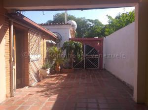 Casa En Ventaen Coro, Centro, Venezuela, VE RAH: 21-15197