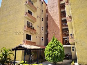 Apartamento En Ventaen Municipio San Diego, Monteserino, Venezuela, VE RAH: 21-15370