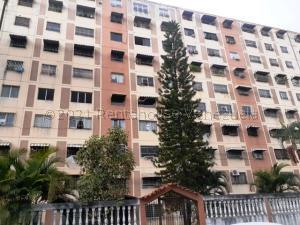 Apartamento En Ventaen Charallave, La Estrella, Venezuela, VE RAH: 21-15225
