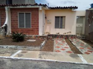 Casa En Ventaen Barquisimeto, Parroquia El Cuji, Venezuela, VE RAH: 21-15234
