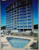 Apartamento En Ventaen Catia La Mar, Playa Grande, Venezuela, VE RAH: 21-15893