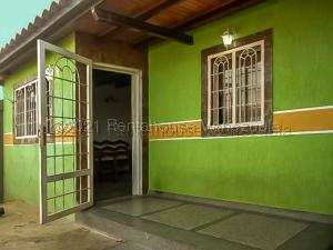 Casa En Ventaen Punto Fijo, Guanadito, Venezuela, VE RAH: 21-13143