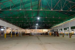 Galpon - Deposito En Alquileren Maracaibo, Zona Industrial Norte, Venezuela, VE RAH: 21-15275