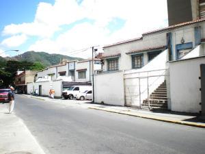 Galpon - Deposito En Ventaen Caracas, San Martin, Venezuela, VE RAH: 21-15307
