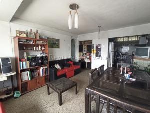 Apartamento En Alquileren Barquisimeto, Centro, Venezuela, VE RAH: 21-15323