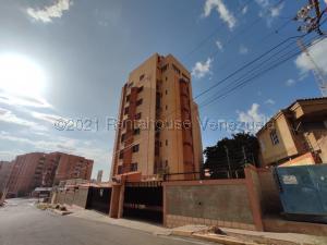 Apartamento En Ventaen Maracaibo, Valle Frio, Venezuela, VE RAH: 21-15326