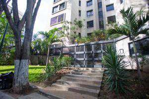 Apartamento En Ventaen Caracas, Colinas De Valle Arriba, Venezuela, VE RAH: 21-15340