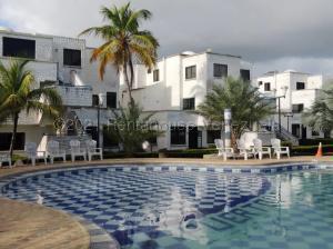 Apartamento En Ventaen Rio Chico, Tacarigua La Laguna, Venezuela, VE RAH: 21-15341