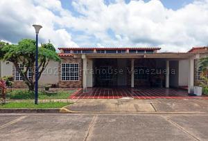 Casa En Ventaen Maturin, Palma Real, Venezuela, VE RAH: 21-15344