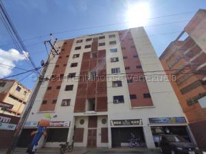 Apartamento En Ventaen Barquisimeto, Parroquia Concepcion, Venezuela, VE RAH: 21-15359