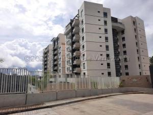 Apartamento En Ventaen Caracas, La Lagunita Country Club, Venezuela, VE RAH: 21-15376
