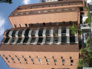 Apartamento En Ventaen Caracas, Los Naranjos Del Cafetal, Venezuela, VE RAH: 21-15397