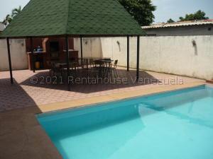 Casa En Ventaen Ciudad Ojeda, Campo Elias, Venezuela, VE RAH: 21-15410