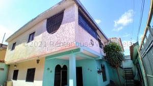 Casa En Ventaen Barquisimeto, Parroquia Juan De Villegas, Venezuela, VE RAH: 21-15643